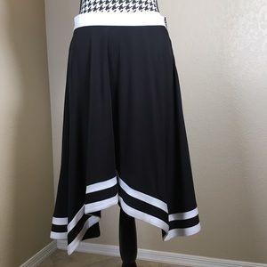 Black & White Flowy Skirt